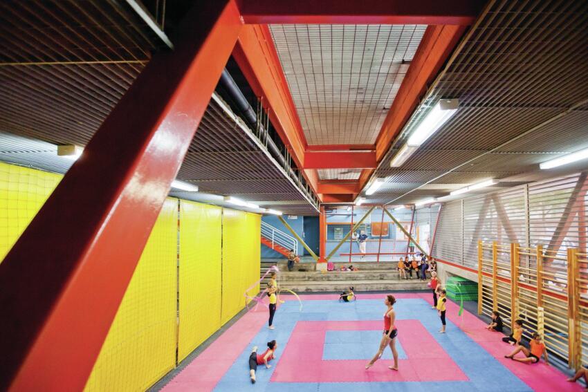 The first vertical gym that U-TT designed, in Barrio La Cruz in Caracas.