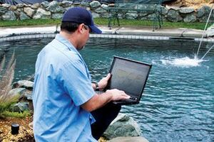 How to Draft the Perfect Employee Handbook for Pool Service Companies