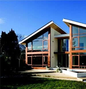 LIGHT AND BRIGHT: Enhanced vapor transfer panels by Britain's Excel Building Solutions were used to build this contemporary house. The panels are more than 80 percent lighter than a brick-and-block structure, simplify the building process, prevent condensation, and minimize energy consumption.