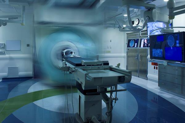 Brigham and Women's Hospital, Advanced Multimodality Image Guided Operating Room (AMIGO), Boston, by Payette.