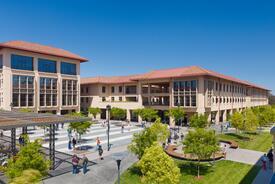 Stanford University Graduate School of Business Knight Management Center