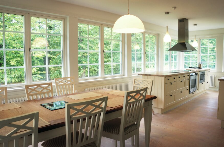Brightening Prospects: Our need for illumination increases as we get older. So it's in dealers' interest to help builders and remodelers learn about those changing needs, particularly in areas like the kitchen and eating spaces.