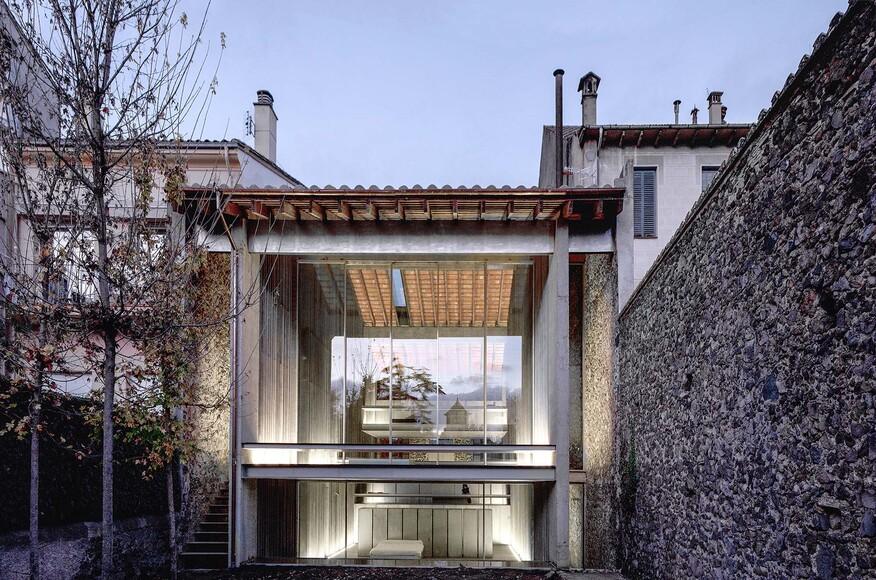 Row house architect magazine rcr arquitectes girona - Arquitectes girona ...