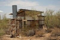 What We Learn from Student Shelters at Taliesen West