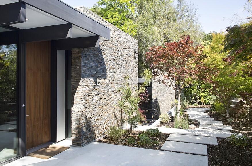 modern atrium house | residential architect | klopf architecture