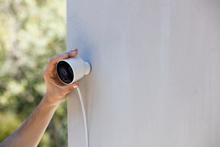 "The Nest outdoor cam will provide homeowners with a 24/7 live view of the exterior of their home, and will alert owners with an image through the Nest app when there is motion or a ""conspicuous sound"" such as a crash from a window breaking."