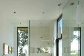 Mandeville Canyon Residence Master Bathroom