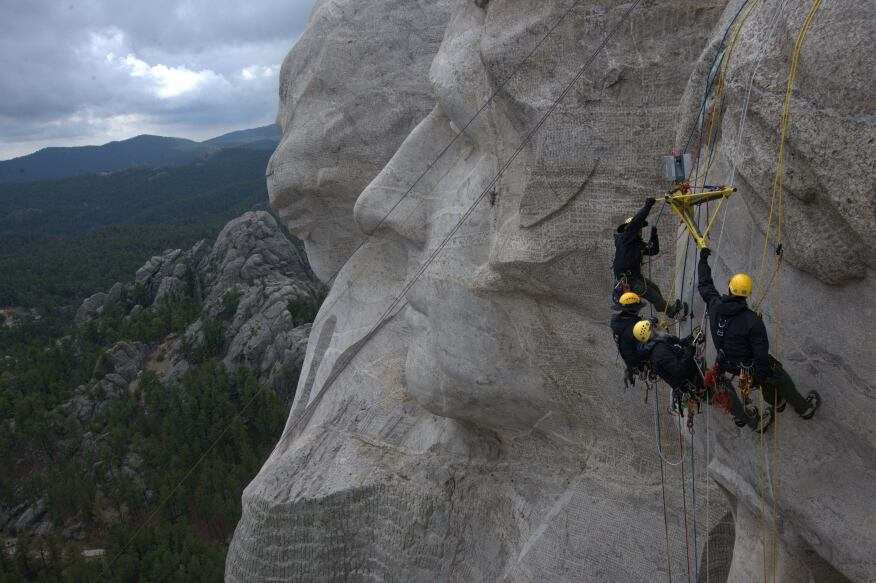 The project team scans the face of Mount Rushmore.