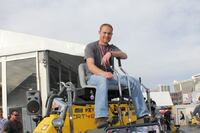 Wacker Neuson's Ride-on Trowel Challenge Competition Draws Big Crowds at WOC 2012