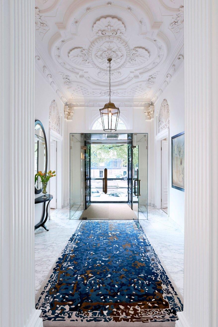 Understated elegance architectural lighting magazine for Design hotel waldorf