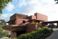 Frank Lloyd Wright's George D. Sturges Home Set for Auction