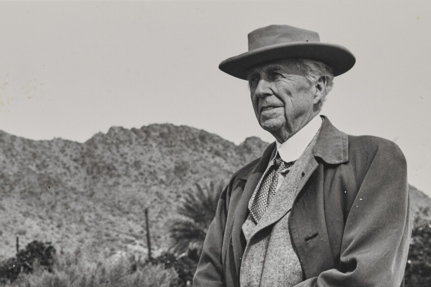 Coming around to frank lloyd wright residential for Frank lloyd wright parents