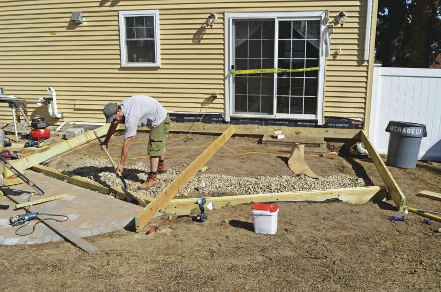Building A Deck On Grade Professional Deck Builder