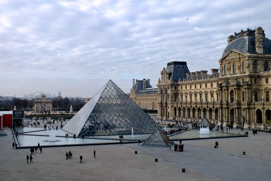 Louvre pyramid the folly that became a triumph architect magazine cultur - Inauguration pyramide du louvre ...