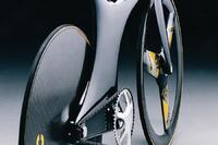 Object: Chris Boardman's Lotus Type 108 Olympic Pursuit Bike