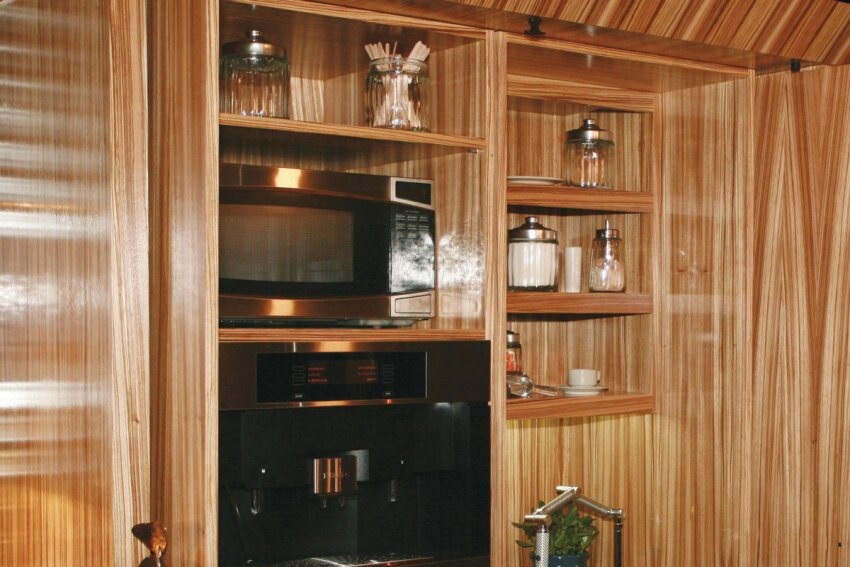 Kitchen Little: Custom-Made Compact Kitchens