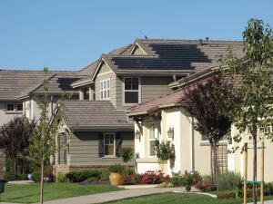 A GREENER FUTURE: Lennar has extended a pilot solar leasing program, which it launched last fall in Sacramento, to other markets in California. Pictured is Lennar's Ironcrest community in Sacramento. During the pilot, Lennar installed more than 150 solar systems under 10-year leasing agreements with homeowners.