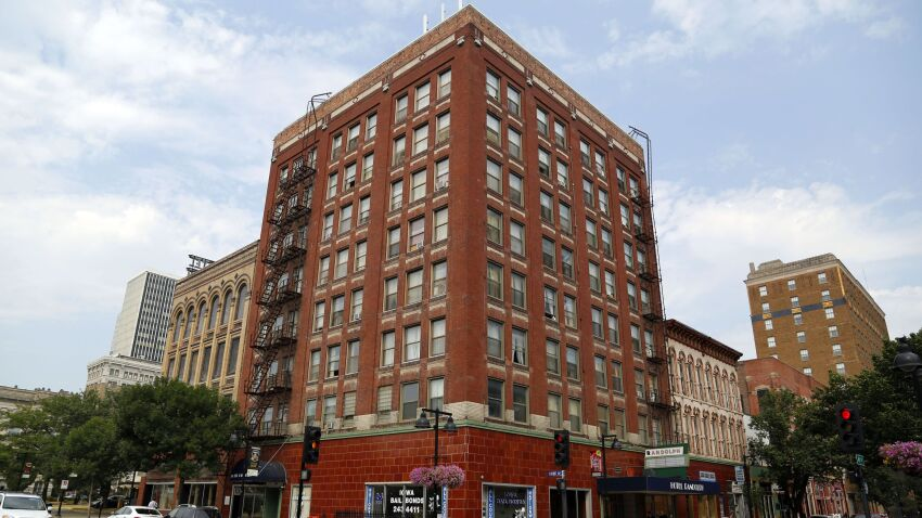 Historic Tax Credits Keep Des Moines, Iowa, Hotel in Limbo