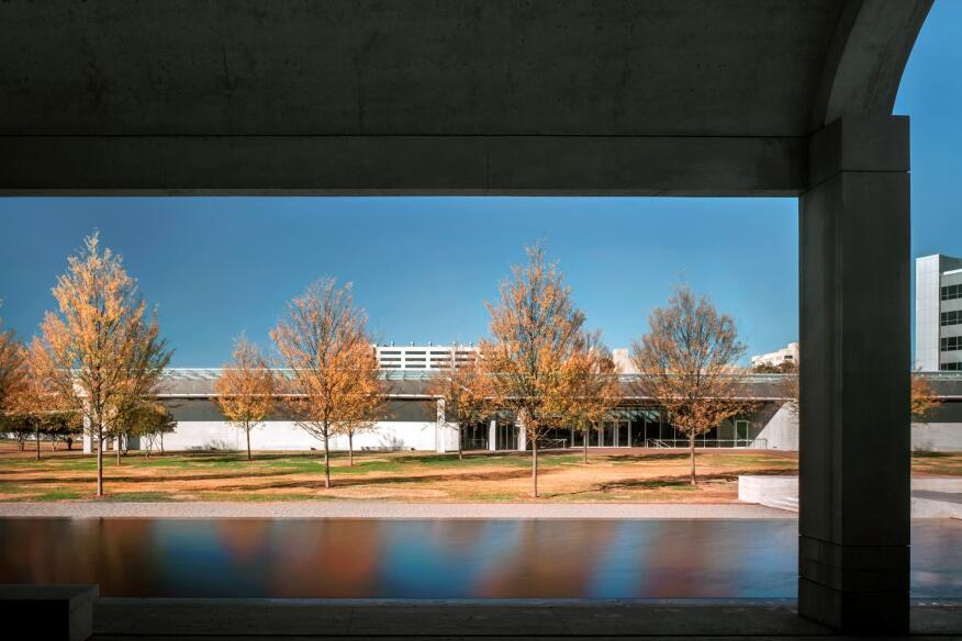View of the entrance to the Renzo Piano Pavilion from the west, under the colonnade of the original Kahn building.