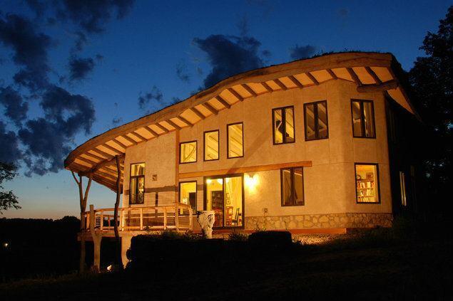 Log On: Whole Lumber Offers Holistic Benefits