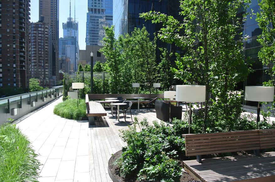 Mima mixed use residential green roof architect magazine hm white new york ny united - Jardin terrasse new york ...
