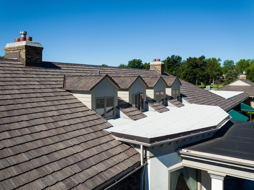 roofing manufacturer lowers prices by up to 16 builder