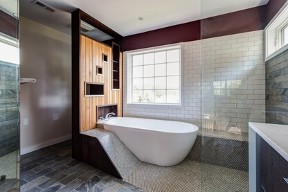 St. Charles Court Bathroom Renovation