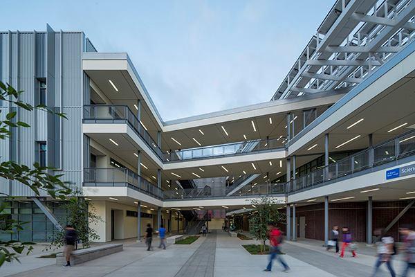 Los Angeles Harbor College, Los Angeles