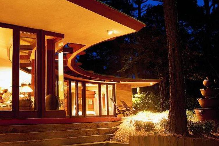 Top 5 Most Expensive Frank Lloyd Wright-Designed Houses on the Market