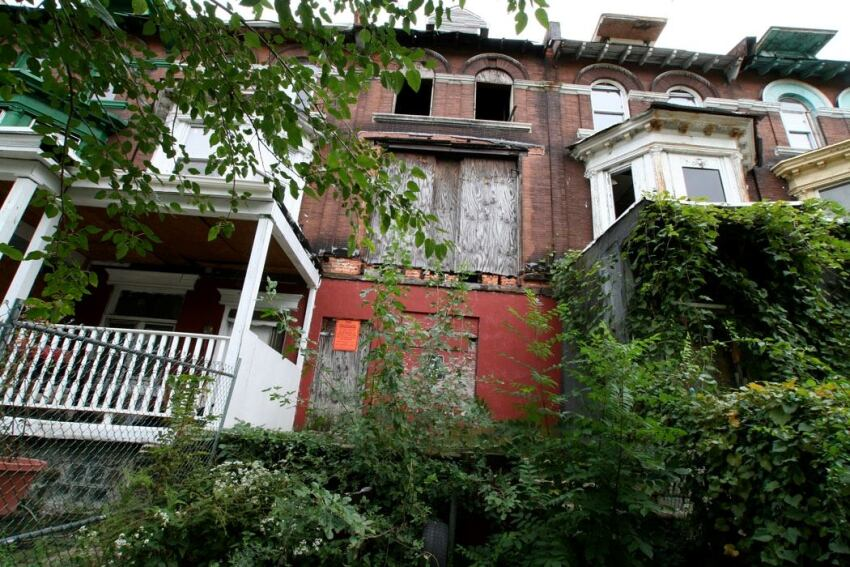 Philadelphia Housing Authority to Sell 1,800 Blighted Units
