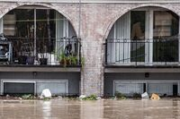South Carolina Comes to Grips with Flood Damage