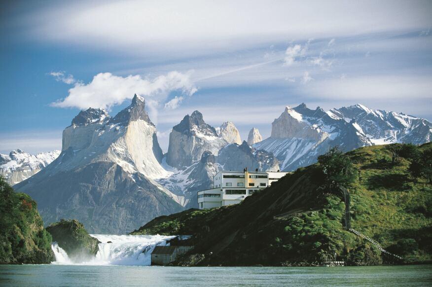 Hotel Explora Patagonia by Jose Cruz Ovalle and Germán del Sol