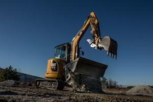 The Cat 304.5E2 XTC mini hydraulic excavator