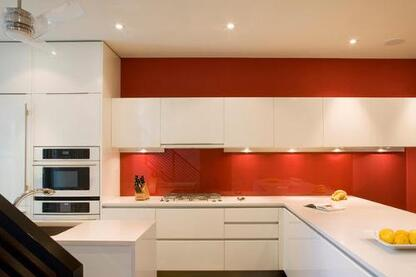 Painters Melbourne Carpenter | Fencing |bathroom renovations in melbourne.
