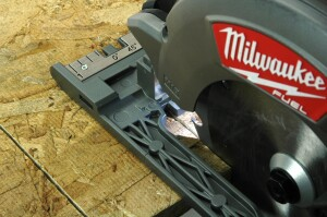 Milwaukee M18 FUEL 6 1/2 inch circular saw