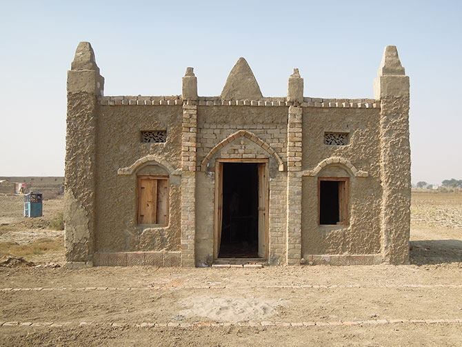 A residence constructed by the Earth Home Project in Pakistan.