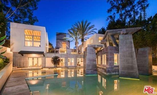 Frank Gehry S Schnabel House In Brentwood Listed For 12
