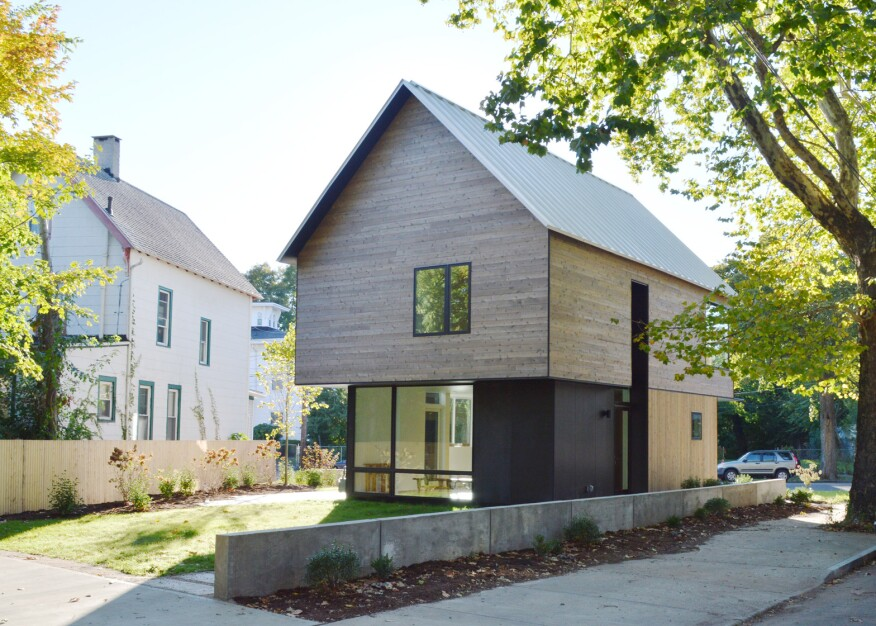 Yale students 39 work sets example for affordable small for Small affordable houses to build