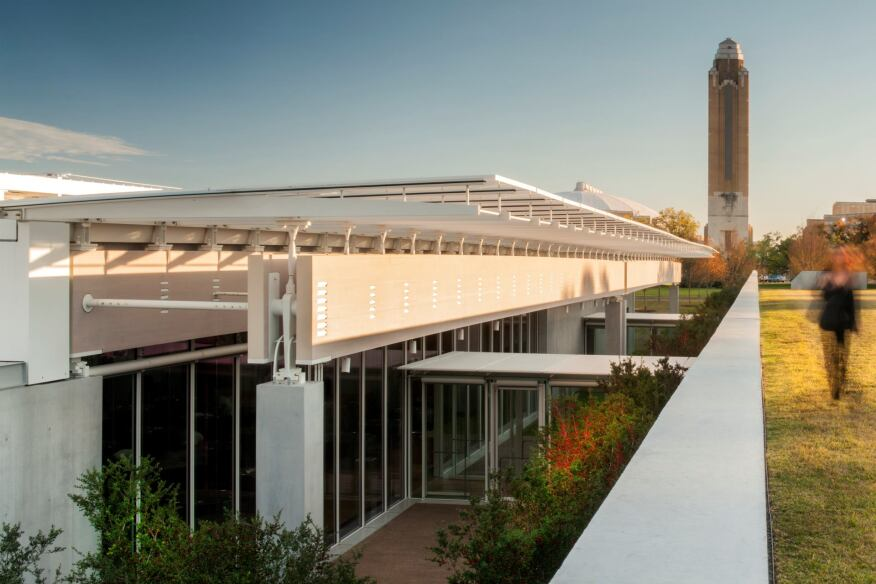 View of the courtyard between the east and west wings of the Renzo Piano Pavilion, from the green roof atop the education spaces in the west wing.