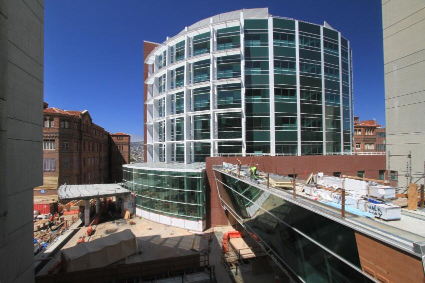 Designed by Fong & Chan Architects with Arup as its engineer, the new nine-story, 500,000-square-foot San Francisco General Hospital and Trauma Center incorporates a base-isolated foundation to ensure that the building—the only trauma center in the city—will remain operational after a seismic event.