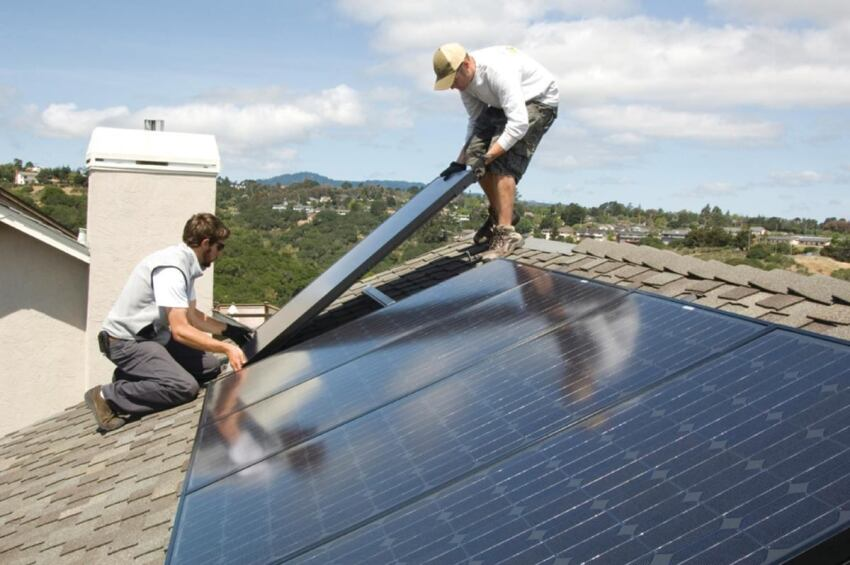 Solar Panels Reduce Electric Needs