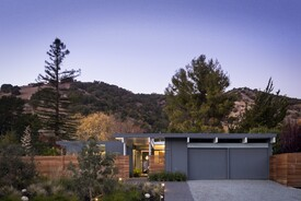 Privacy Marries Transparency in This Updated Eichler Design