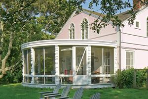 Restoring a Circular Porch