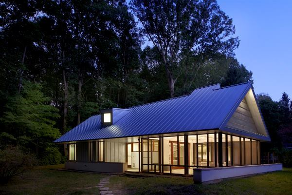 Harbert Cottage, by Searl Lamaster Howe Architects