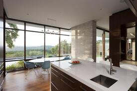 Lakeview Residence