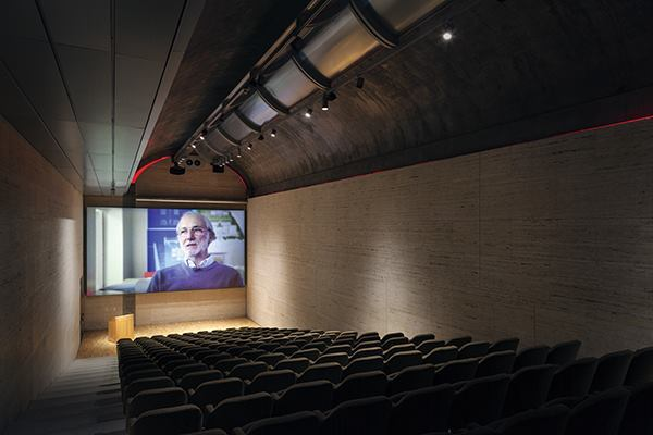 Theater in the original Kahn building (in this case showing a film of Renzo Piano describing the new pavilion).