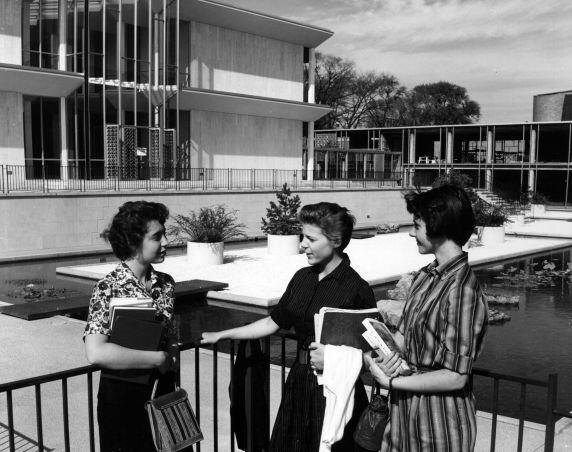 Yamasaki designed a total of four buildings for the campus.