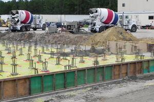 High-Tech Warehouse Reaches New Heights