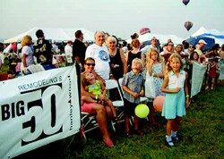 Balloon festivals are a long-standing New Jersey tradition, but many of Roy  Bryhn's clients had never been to one. Afterward, Bryhn mailed attendees thank-you  cards with photos of the event.