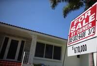 Mortgage Rate Blip Spurs Jumbo Refi Spike